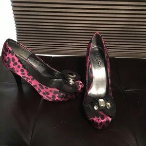 Pink leopard print shoes